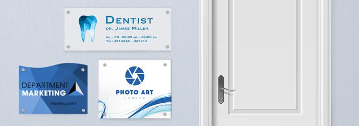 Firmenschilder online erstellen und auf Plexiglas drucken - Günstig bei Druckerei print24