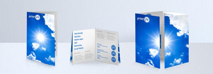 Choisissez le design de vos dépliants et imprimer les avec print24 - variantes de pli : le pli simple, le pli croisé et le pli en portefeuille
